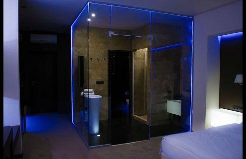 Spa-otel-LH-Hotel-Spa-nomer-Deluxe-snjat-952196z600